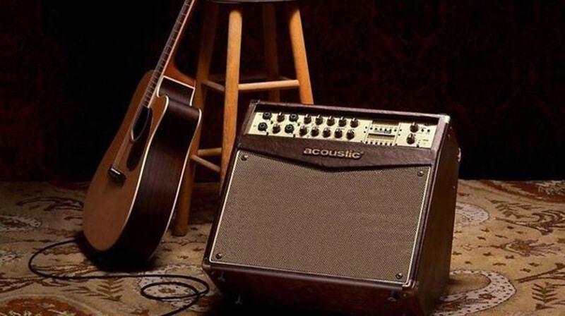 Best Acoustic Guitar Amp 2021 (1)