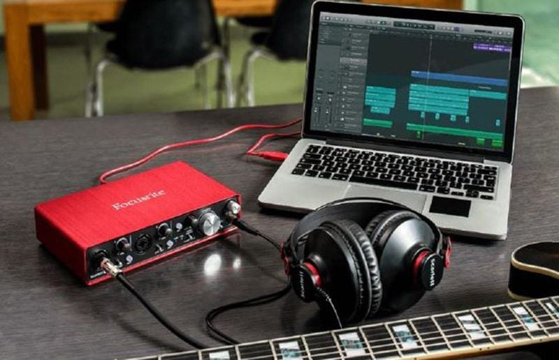 IK Multimedia AXE I/O USB Audio Interface