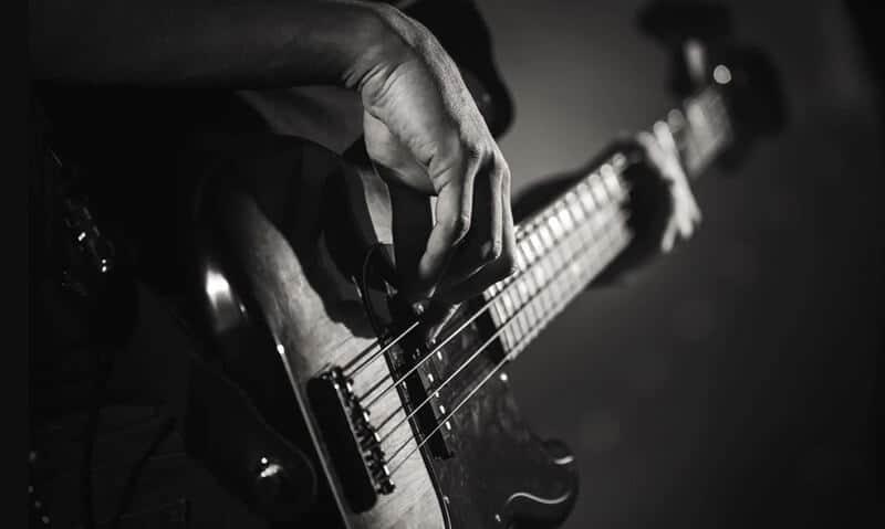 Best Bass Guitar 2021: Top Full Review, Guide