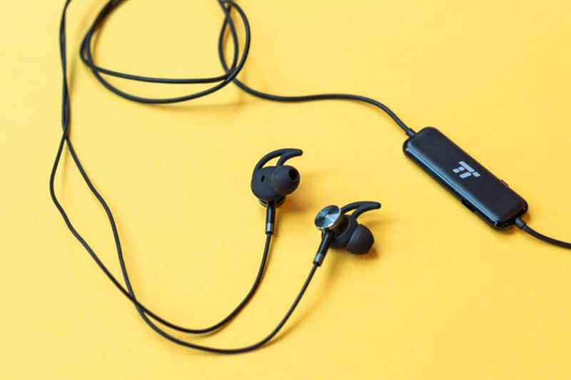 Best Bass Earbuds 2021: Top Full Review, Guide