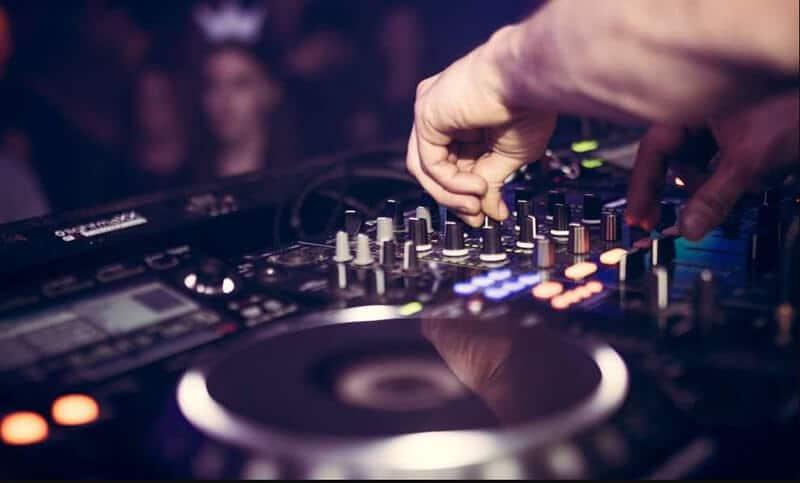 Best DJ Controller 2021
