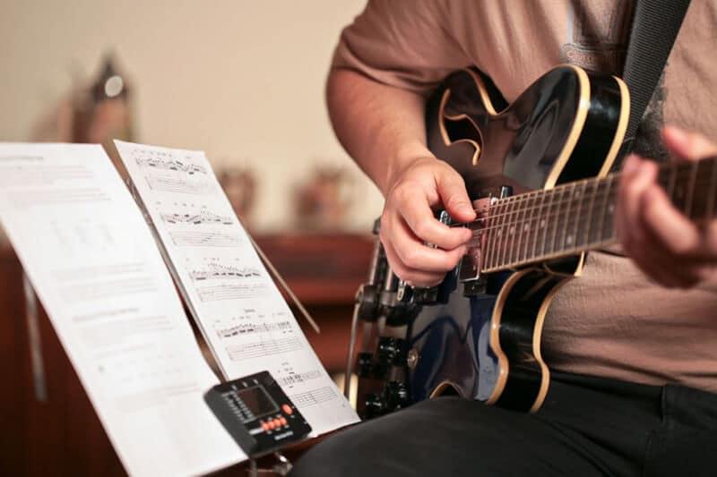 Best Guitar Learning App
