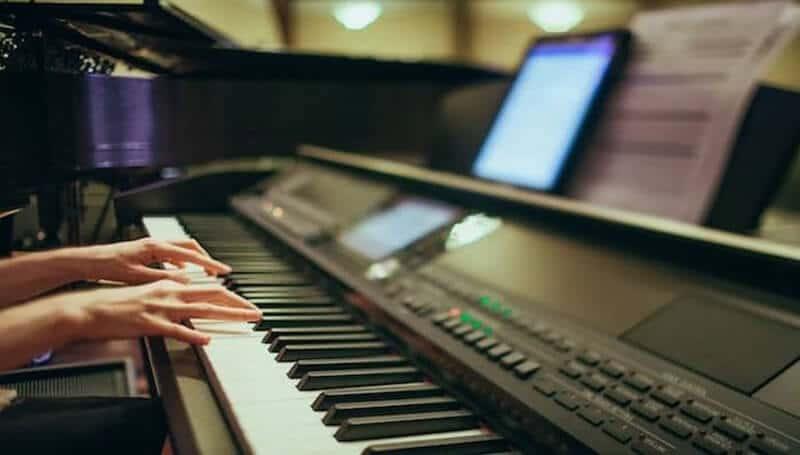 Digital Piano (2)