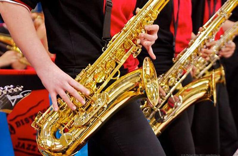Alto vs Tenor Saxophone For Beginners