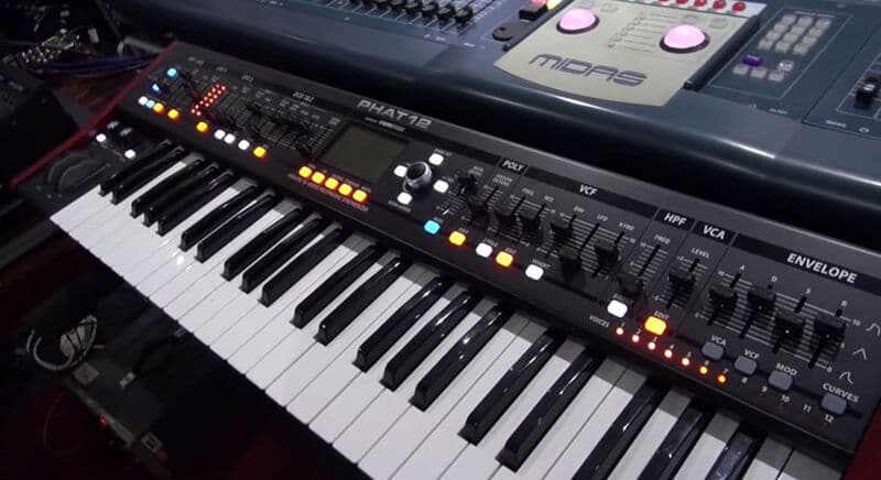 The Behringer Deepmind 12 Experience Review
