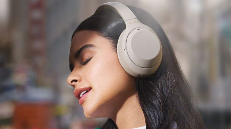 What Are Over-Ear Headphones
