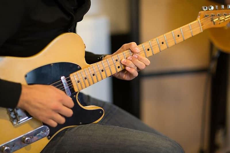 Fender Modern Player Telecaster Review 2021 Top Full Guide