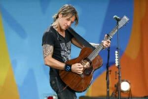 Keith Urban Guitar Review 2021 Top Full Guide