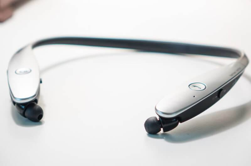 LG Tone Infinim HBS-900 Review Design