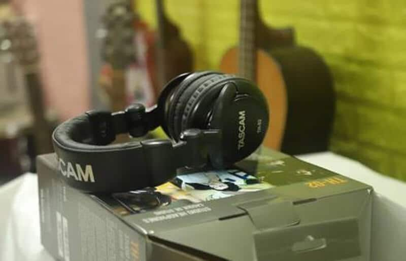 Tascam Th-02 Review