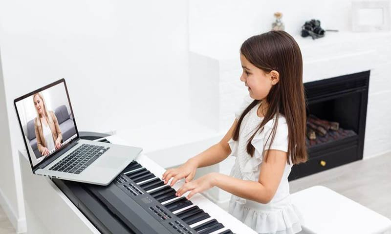 10 Best Piano Lessons
