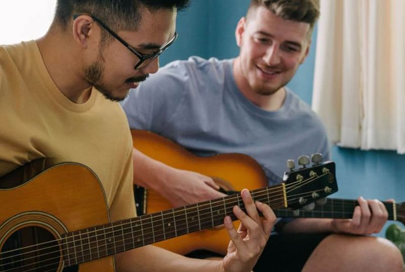 Learn Your First Song on Guitar