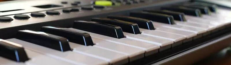 What Are the Different Kinds of Weighted Keyboards