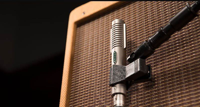 What Kind of Amp Do I Need for a Microphone